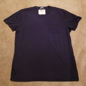 Abercrombie & Fitch V-Neck Tee - Large